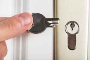 Schlüssel klemmt im Schloss – Was nun?